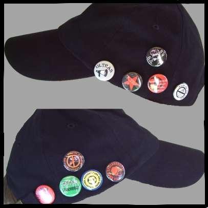 Schwarzes Cappy +++ mit 10 Buttons