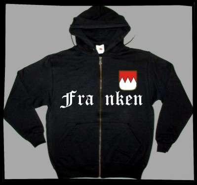 FRANKEN Kapuzenjacke + schwarz mit Wappen